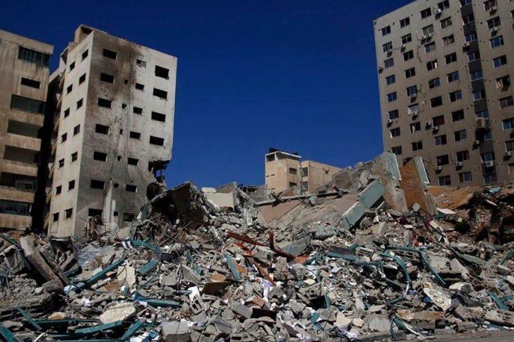 Gedung rusak akibat serangan israel. foto: Safa