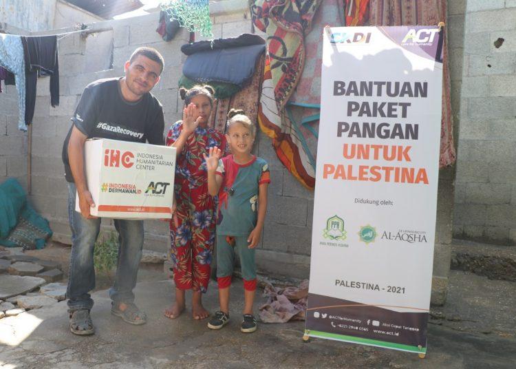 Paket Pangan Jamaah Al Aqsha Delatinos Sampai ke Tangan Warga Palestina